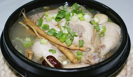 Cháo gà hầm sâm: món bảo bối của người Hàn Quốc nấu ra sao ? -  cháo gà hầm sâm - ga ham nhan sam baoboi vn