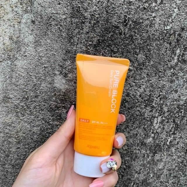 Kem chống nắng A'pieu Pure Block Natural Daily Sun Cream